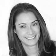 Abby Langer Headshot