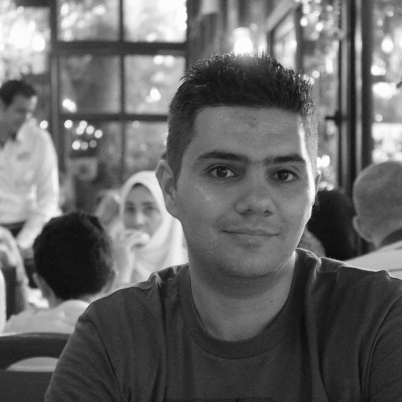 عبد الباسط المنجد Headshot