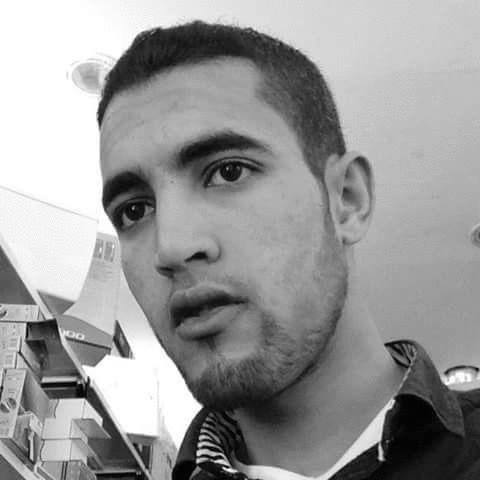 عبد الرحمن مقني  Headshot