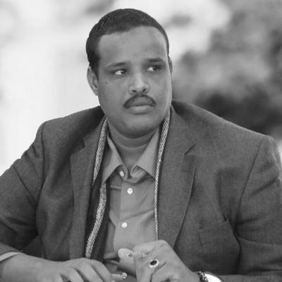عبد الفتاح نور أحمد  Headshot