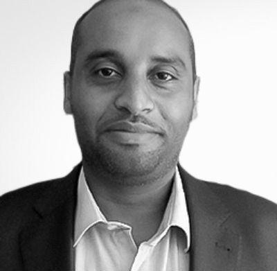 عبدالقادر محمد علي  Headshot