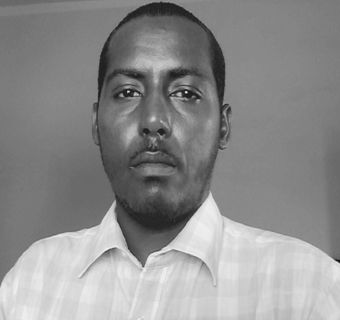 عبدالله حسن Headshot