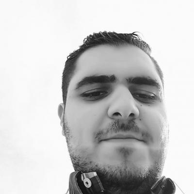 عدنان شيط  Headshot