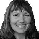 Agnès Martineau-Arbès Headshot