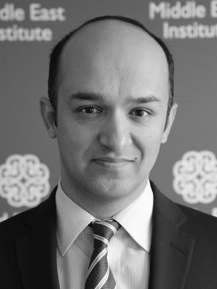 أحمد خالد مجيديار Headshot