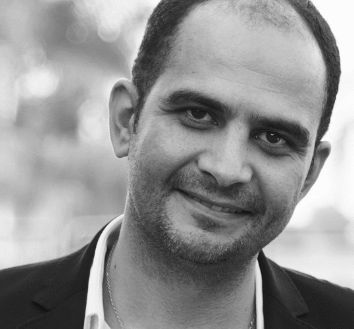 أحمد الانصاري  Headshot