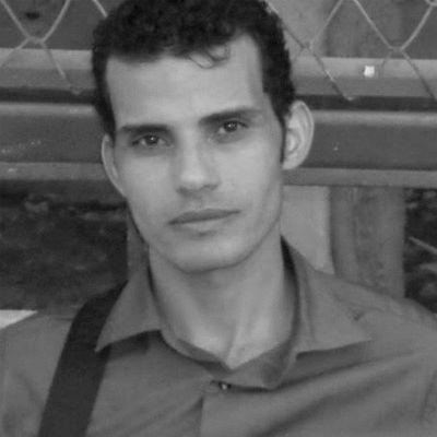 أحمد إبراهيم Headshot