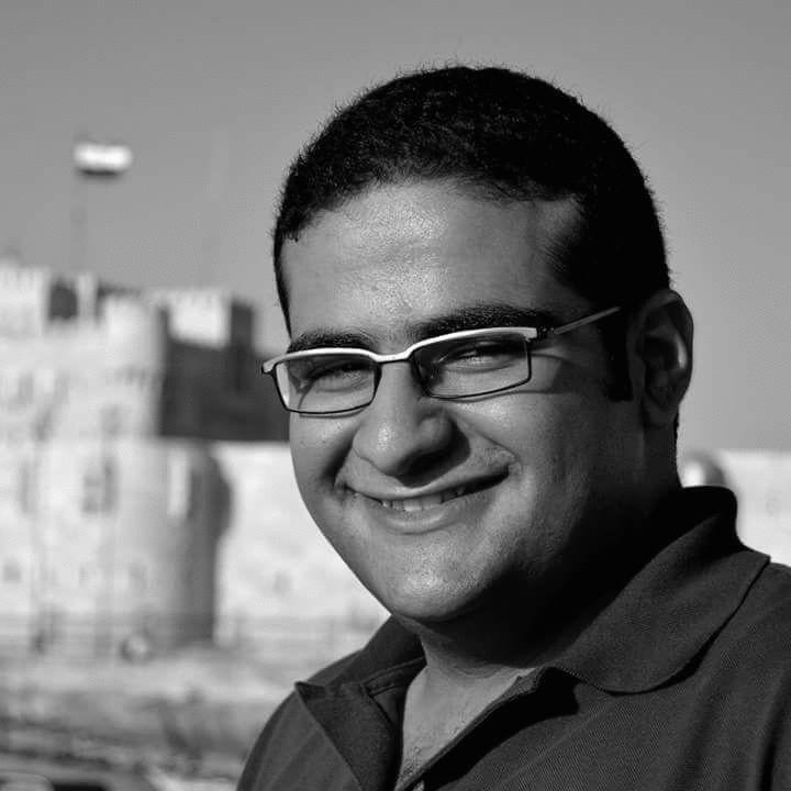 أحمد مدحت  Headshot