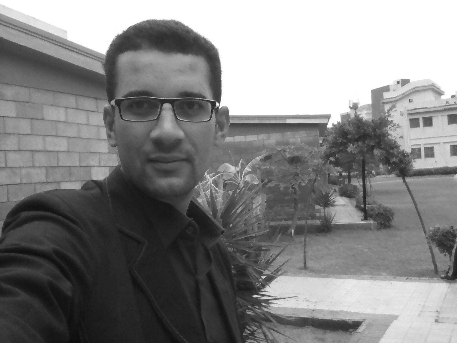 احمد يوسف عبدالعزيز Headshot