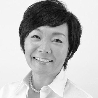 Akie Abe Headshot