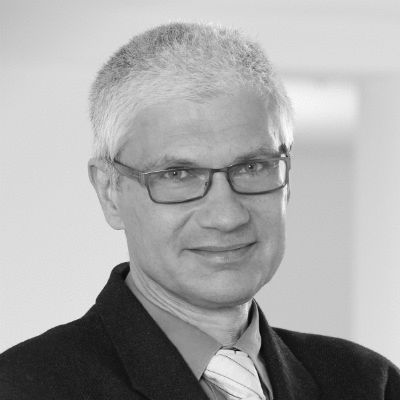 Dr. Alexander Klier  Headshot