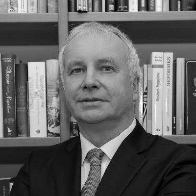 Alexander Rahr Headshot