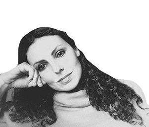 Alexandra Reynaud Headshot