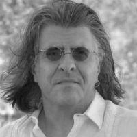 Alfred J. López