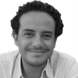 Alfredo Manzo Headshot