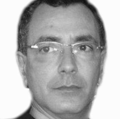Ali Bouabid Headshot