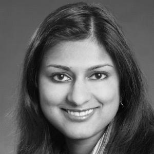 Dr. Alisha Heinemann Headshot