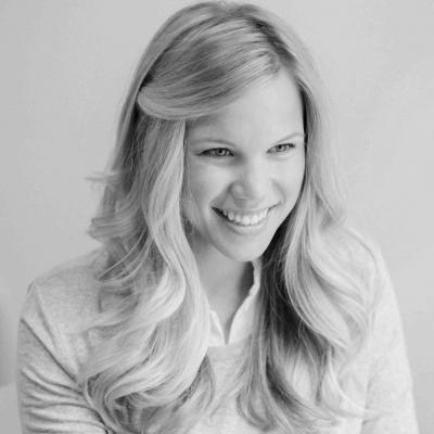 Amanda Goetz Headshot