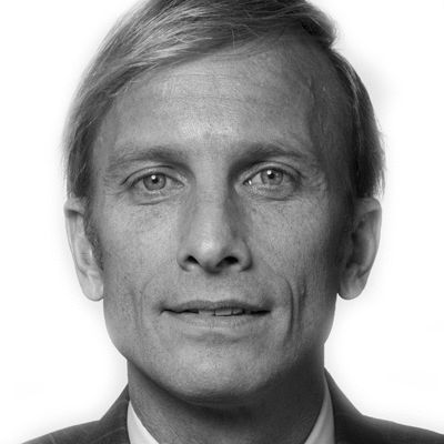Dr. Mark Dybul Headshot