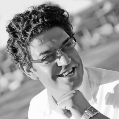 عمرو الشرقاوي Headshot