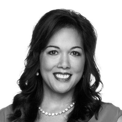 Amy Nartatez Heinl Headshot