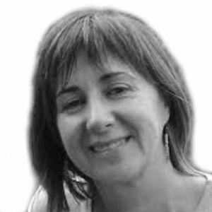 Ana de Miguel Álvarez Headshot