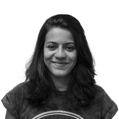 Ana Júlia Gennari Headshot