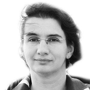 Ana-Luana Stoicea-Deram Headshot
