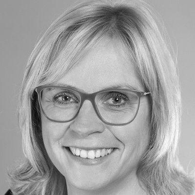 Andrea Lindholz  Headshot