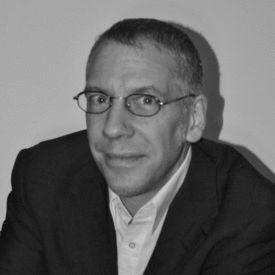 Andreas Reuter Headshot