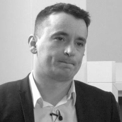 Andrew McLean