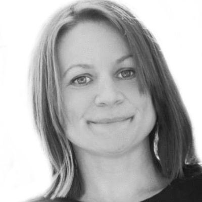 Angela Hanscom
