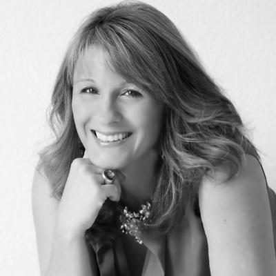 Angela Maiers Headshot