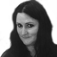 Dr. Angela Raab Headshot