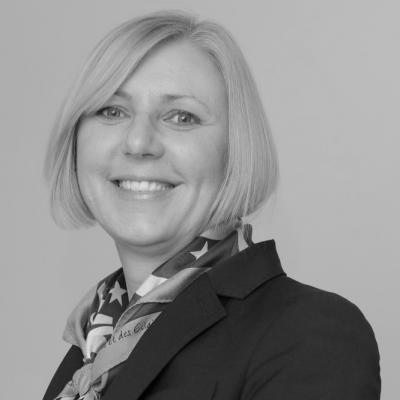 Anita Tiessen Headshot