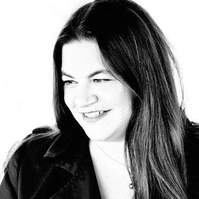 Anna Luz de León Headshot