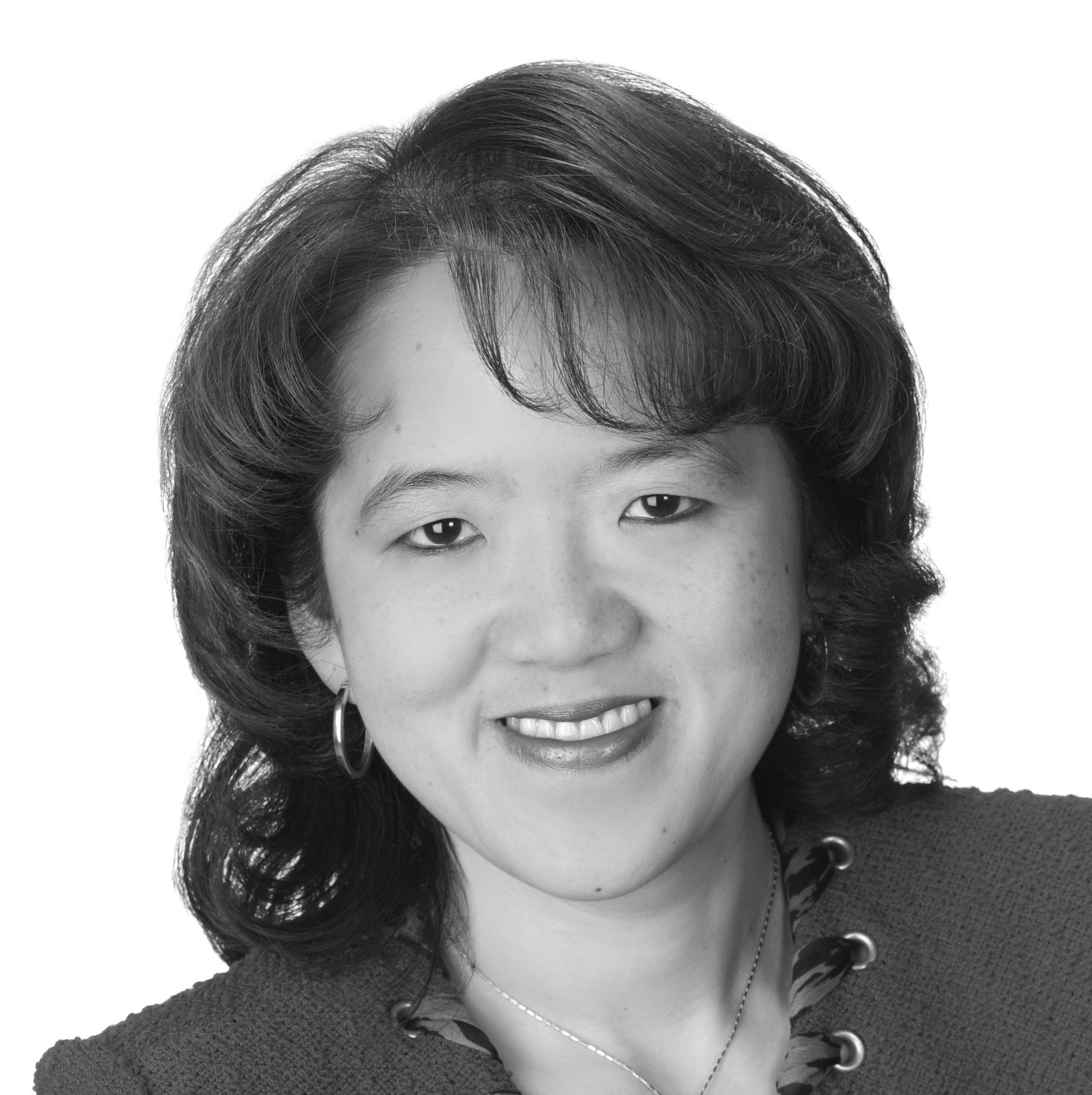 Anne Chow Headshot