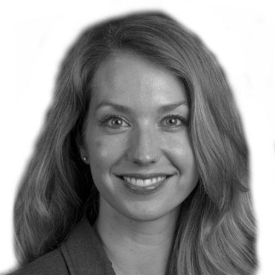 Anne Tucker Headshot