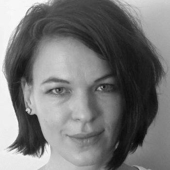 Annette Sawatzki Headshot