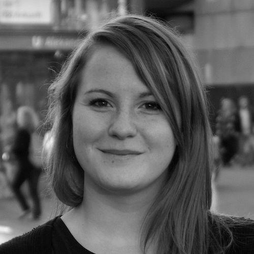 Annika Klose  Headshot