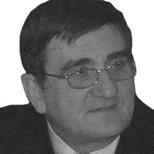 Antonio Aramayona Headshot