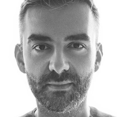 Antony Osso Headshot