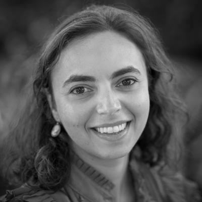 Anya Cherneff Headshot