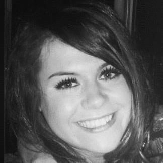 Ashleigh Houlton Headshot