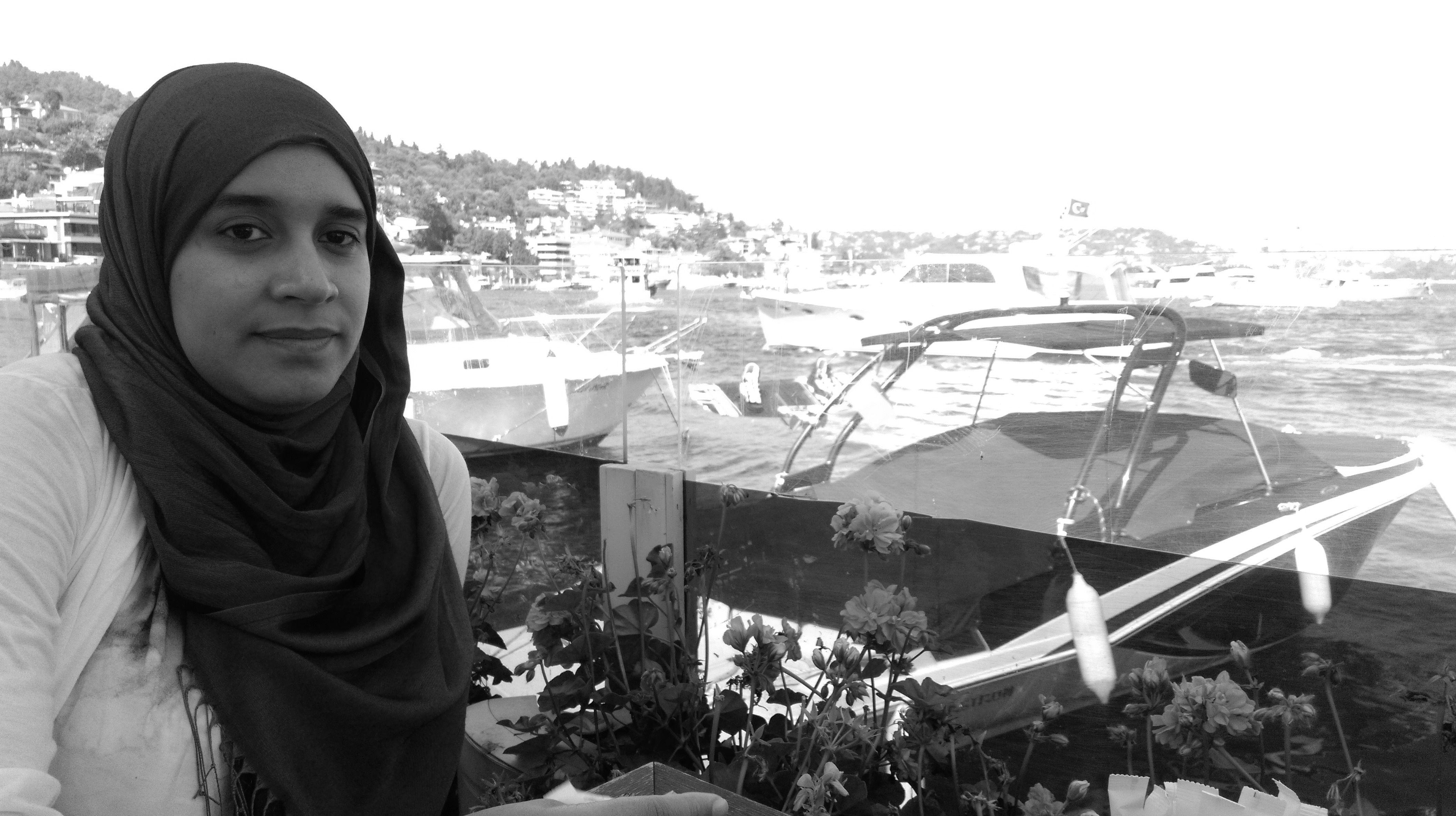 Asmaa Alkhateeb Headshot