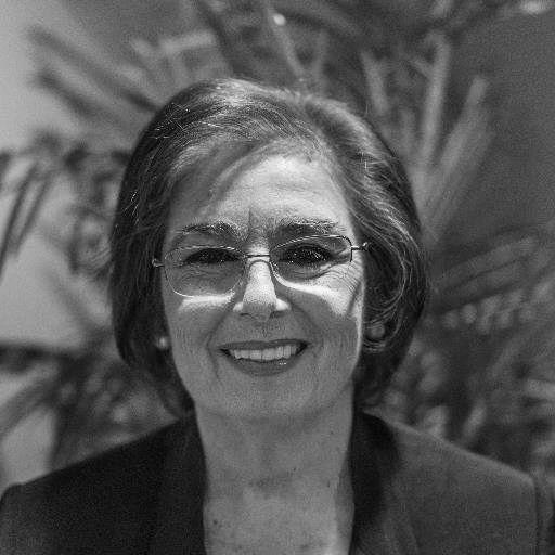 Barbara Res Headshot