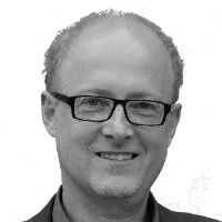 Dr. Bernd Bornhorst Headshot