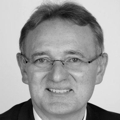 Berthold Rüth Headshot