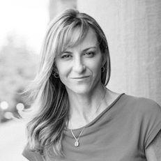 Beth Darnall Headshot