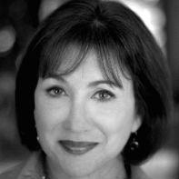 Betsy Rosenberg Headshot